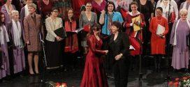 Pevači-amateri pomažu deci u Jajincima