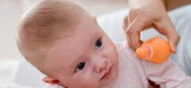 Kako pravilno očistiti nosić bebe?