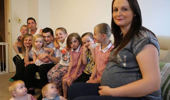 Roditelji sa više dece mogu da se prijave za stalnu novčanu podršku