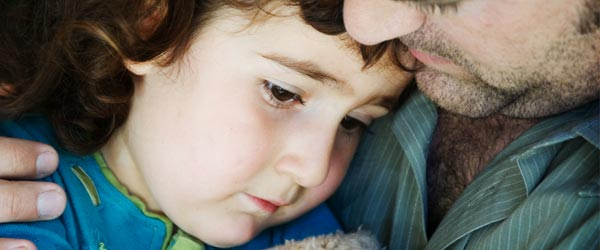 kako-pomoci-deci-sa-traumom