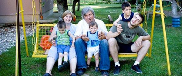 sreca-i-porodice-sa-decom-u-srbiji